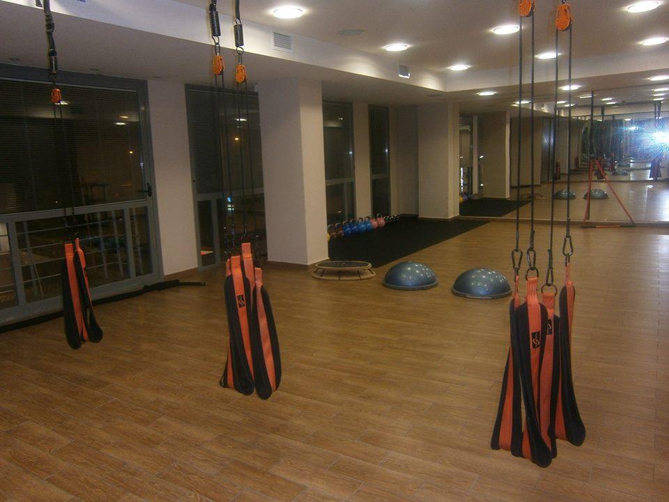 trx-cross-training-lets-go-gym-1
