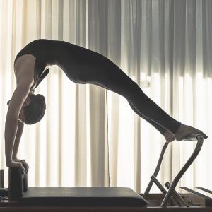 pilates-mixanimata-ananea-pilates-yoga-glyfada-1