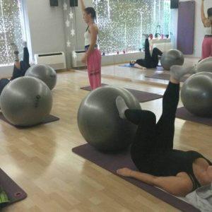 pilates-core-studio-pilates-and-more-galatsi-balls