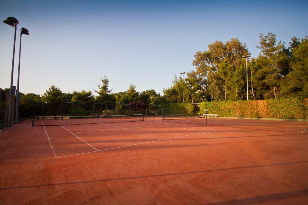 kavouri tennis club court