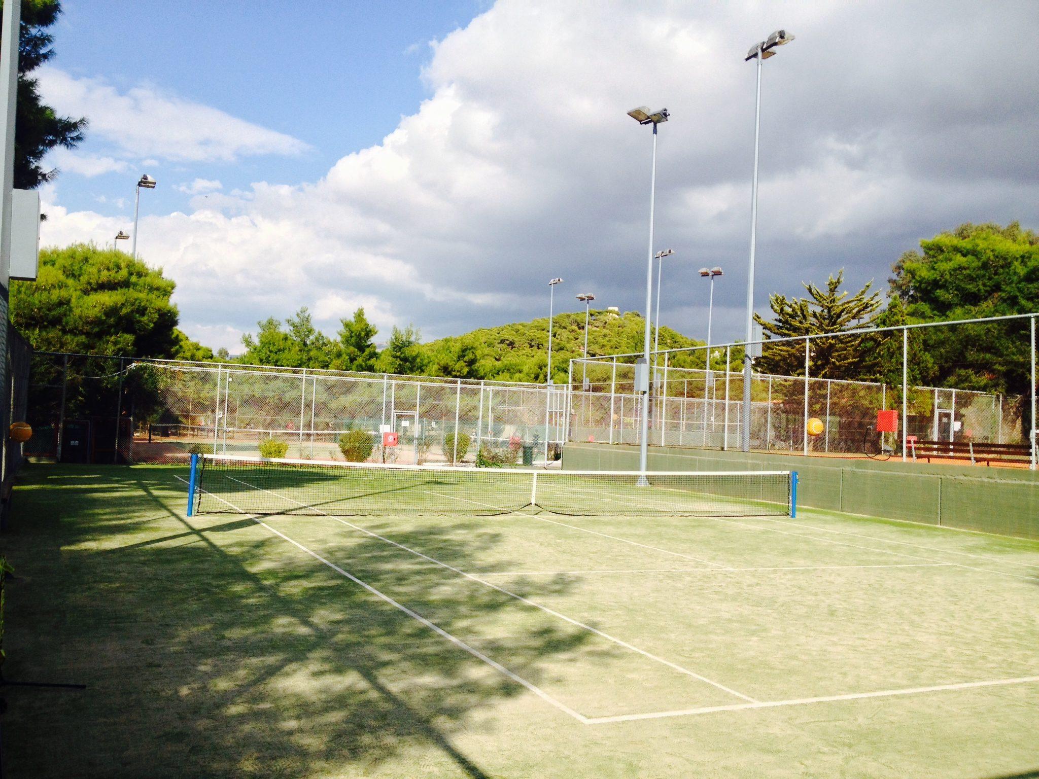 kavouri tennis club court grass