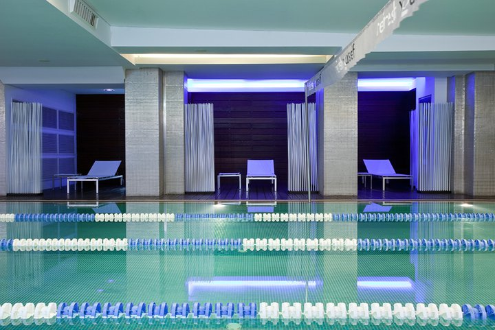 holmes-place-athens-pool